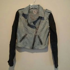 Carmar jean jacket with black leather sleeves